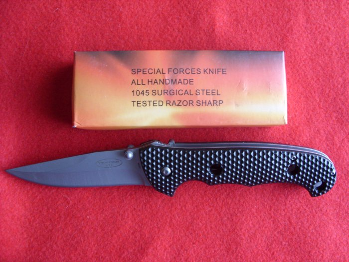 Wart Hog Large Black Lockback Knife