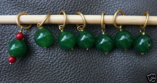 Stitch marker, knitting 6+1 ,  green glass