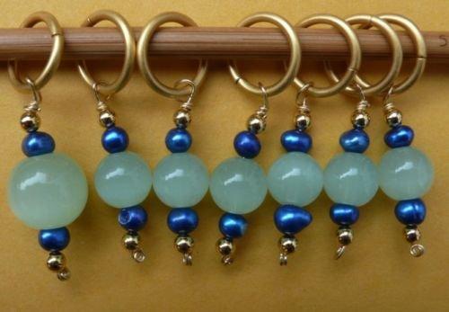 Stitch marker, knitting 6+1  glass & pearl, green blue