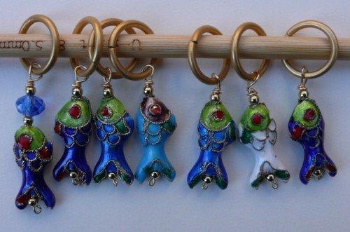 Stitch marker, knitting 6+1  Cloisonne beads, fish