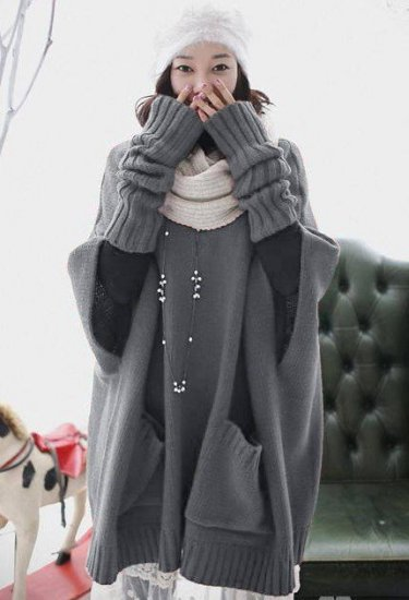 Oversized Sweater with Fingerless Tube Mittens: Melody