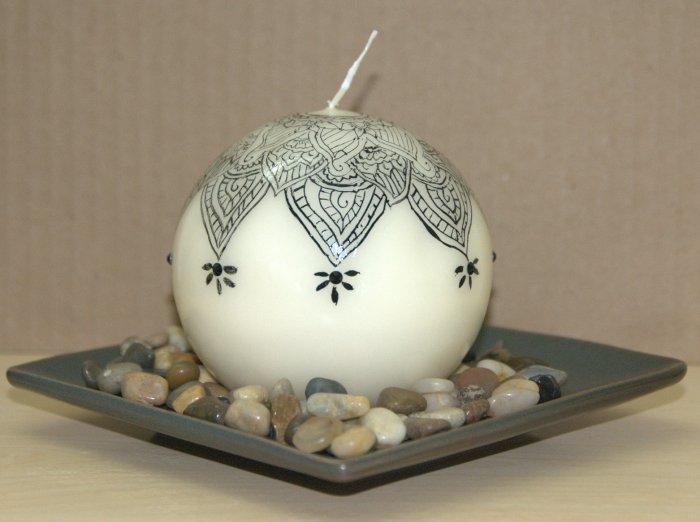 Henna design round candle - with Swarovski crystals