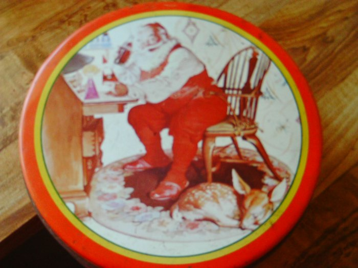 Santa Coca Cola Cookie Tin