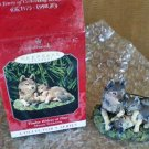 Beautiful TIMBER WOLVES AT PLAY Hallmark 1998 ORNAMENT in box