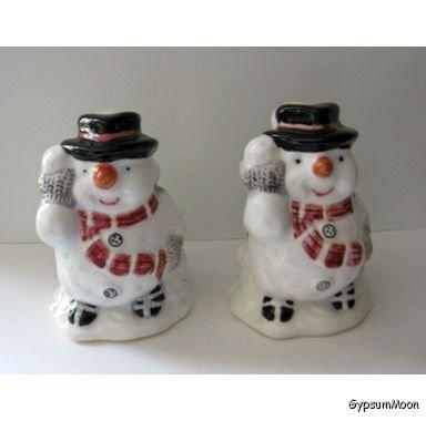 Adorable Snowman Salt & Pepper Shakers Ceramic Vintage 1991 In Original Box