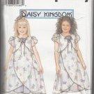 Simplicity Daisy Kingdom 7001