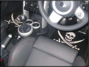 Mat Set for US Mini Convertible - Jolly Roger