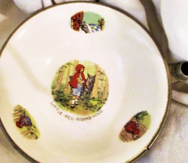Antique Excello Baby Warming Dish - Little Red Riding Hood