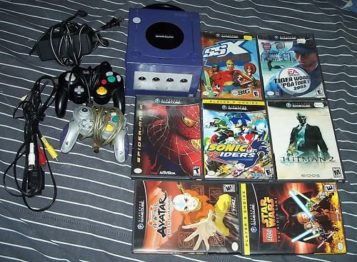 NINTENDO GAME CUBE SYSTEM LOT + 2 CONTROLLERS + 7 GAMES