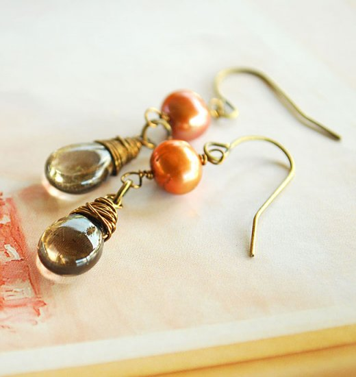 Earthy pair of Fresh Water Pearl and Smoky Quartz