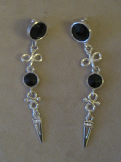 Silver Fashion Earrings with Black stone