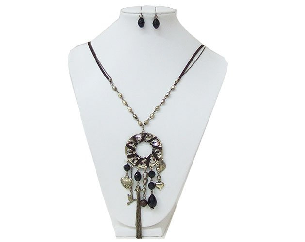 Metal and Fabric Decorated Necklace