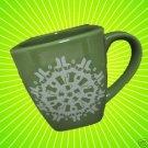 STARBUCKS GREEN HOLIDAY 2004 SNOWFLAKE COFFEE CUP MUG