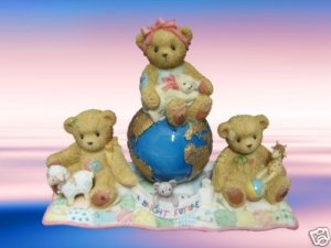 CHERISHED TEDDIES A BRIGHT FUTURE GLOBE 110009R MIB NEW