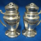 VINTAGE GIANT CITY PARK IL SOUVENIR SALT PEPPER SHAKERS