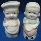 VINTAGE CHEF COOK SALT PEPPER SHAKERS POTTERY 30s 40s