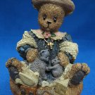 BERRY HILL BEARS BLESSED ARE THE PEACEMAKERS FIGURINE