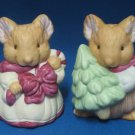 CHRISTMAS HOLIDAY MOUSE MICE SALT PEPPER SHAKERS BISQUE