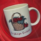 LONGABERGER BASKETS APPLES COLLECTIBLE MUG CUP RARE