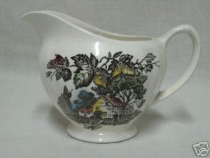 J&G MEAKIN WELCOME  HOME CREAM DINNERWARE CREAMER 1961