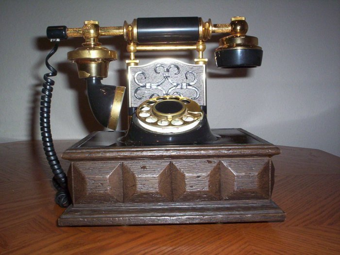 Vintage Western Electric Telephone - Working