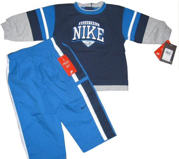 New Nike 2 Piece Basketball Outfit size 12M