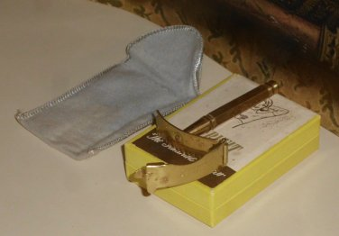 1925 Ladies Curvefit Razor Box Felt Pouch