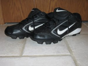 Nike Soccer shoes Size US 6.5 NICE used black and white