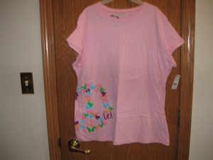 lei SIZE 7-9 JUNIORS  PINK SHORT SLEEVE TEE T - SHIRT WITH GRAPHIC PEACE SIGN NEW with tag