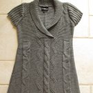 IT'S OUR TIME WOMEN'S JUNIOR'S SIZE M SWEATER GRAY GREY CABLE V NECK LONG TOP SHORT SLEEVE
