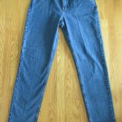 L.L. BEAN WOMEN'S SIZE 10 P JEANS MEDIUM BLUE STONE WASHED DENIM CLASSIC FIT TAPERED LEGS MOM