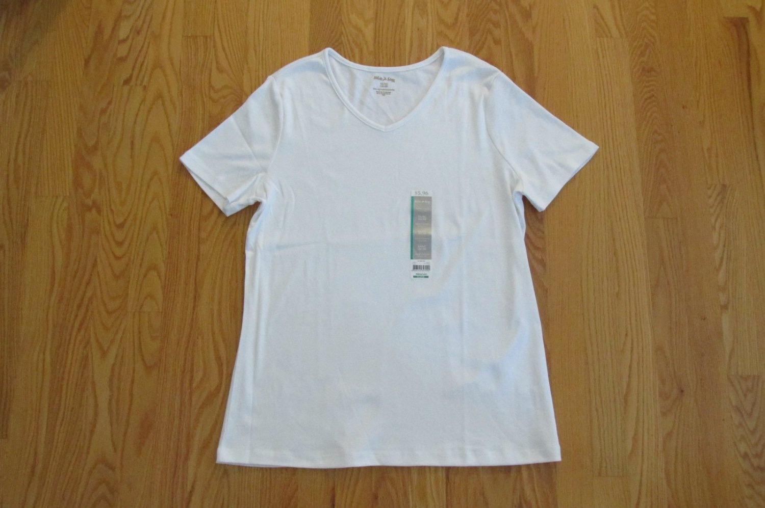 WHITE STAG WOMEN'S SIZE XL (16 - 18) T-SHIRT WHITE SHORT SLEEVE V NECK TEE TOP CLASSIC NWT