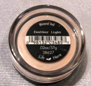 Bare Escentuals Minerals MINERAL VEIL FEATHER LIGHT .57