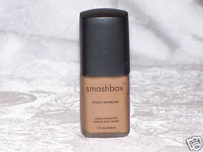 Smashbox STUDIO SEAMLESS LIQUID FOUNDATION Deep TAN 5.5