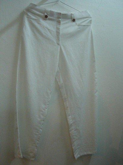 Linen pants in white