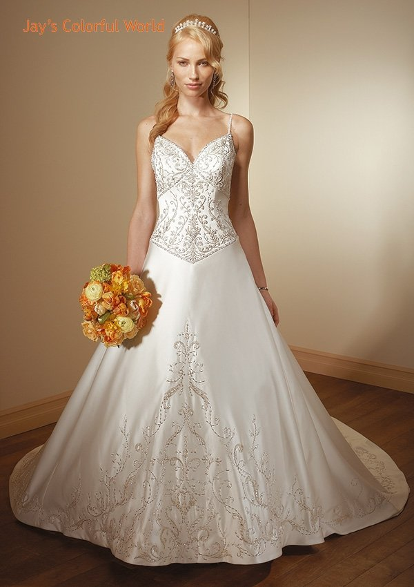 Deep V-Neckline Spaghetti Strap Backless Embroidery Beading Train Wedding Dress Bridal Gown