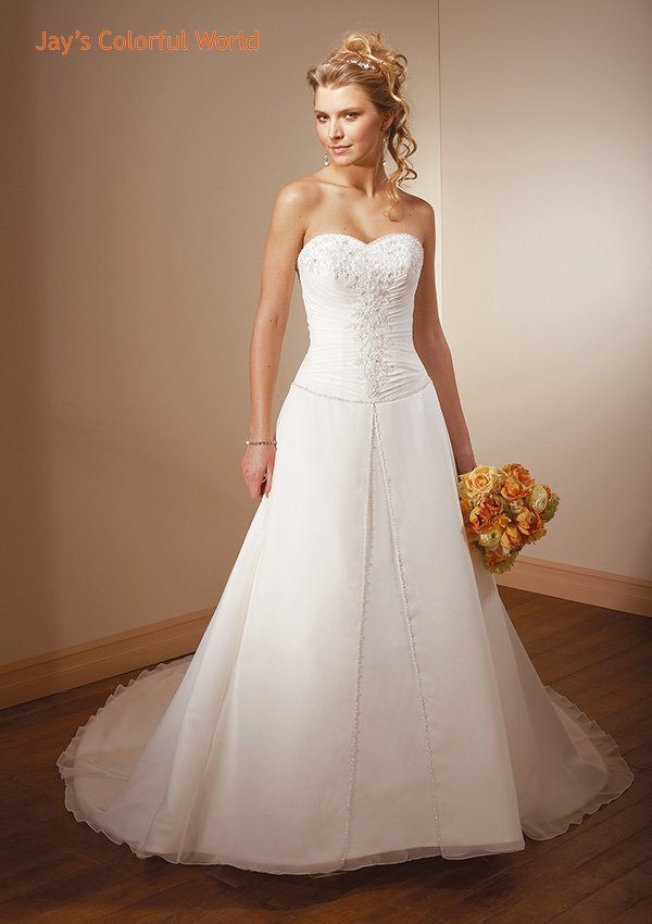 A-line Sweetheart Neckline Strapless Applique  beading Wedding Dress Bridal Gown