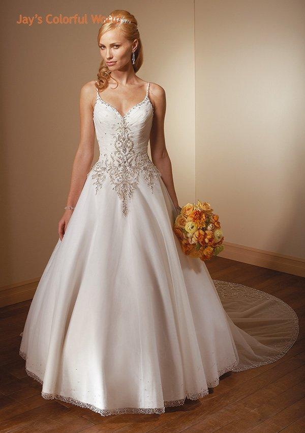 V-neckline Spaghetti Strap Embroidery Beading Wedding Dress Bridal Gown