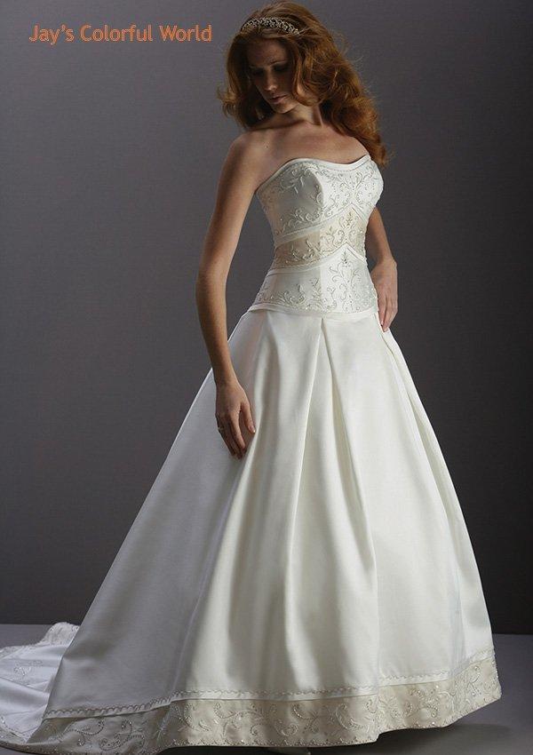 Scoop Neckline Strapless Embroidery Wedding Dress Bridal Gown
