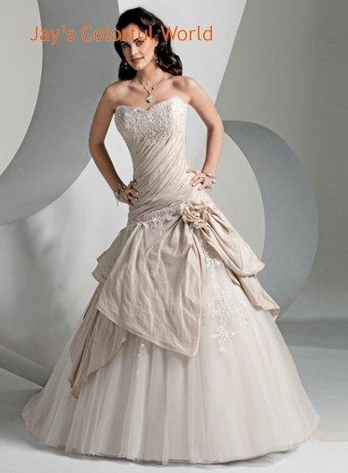 Sweetheart Neckline Beading Tuller  Wedding Dress Bridal Gown