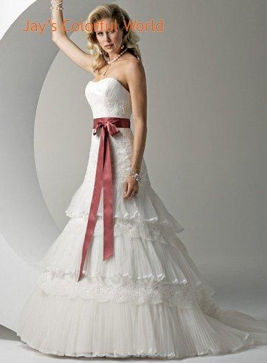 Scoop Neckline Strapless Appliques Beading Organza Wedding Dress Bridal Gown