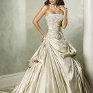 Scoop Neckline Strapless Appliques Taffeta Wedding Dress Bridal Gown