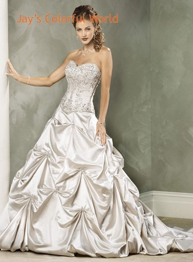 Pick-up V-neckline Strapless Embroidery Beading Custom made Wedding Dress Bridal Gown