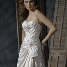 Scoop Neckline Strapless Train Taffeta Custom-made Wedding Dress