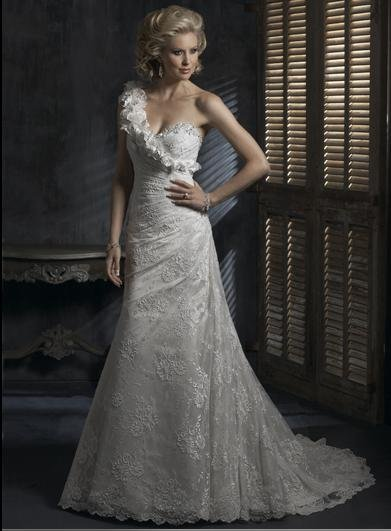 Detachable Shoulder Sweetheart  Lace Custom made Wedding Dress