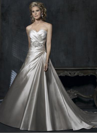 A-line Sweetheart Neckline Lace-up Custom made Wedding Dress