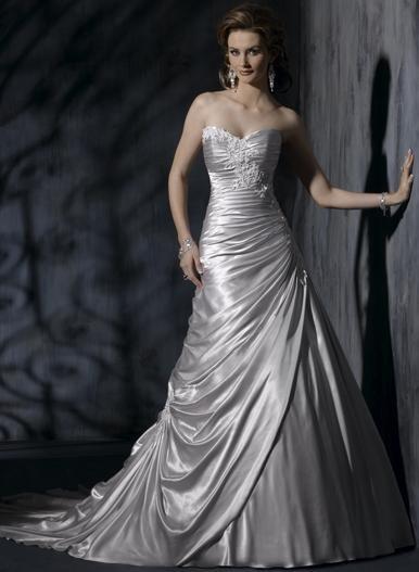 A-line Sweetheart Neckline Strapless Appliqued Taffeta Custom made Wedding Dress