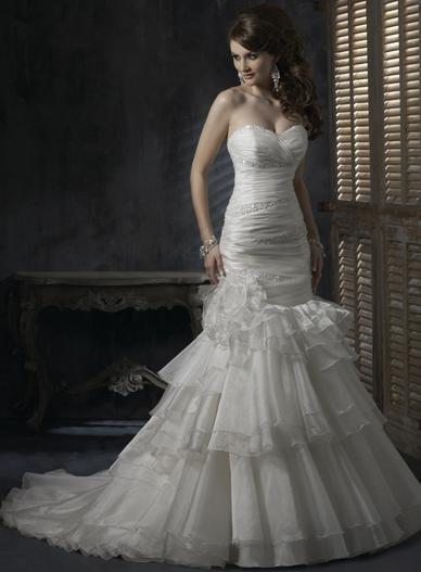 Mermaid Sweetheart Neckline Strapless Beaded Organza Custom made Wedding Dress