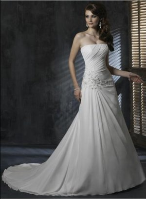 Straight Neckline Strapless Appliqued Beaded Chiffon Wedding Dress Bridal Gown