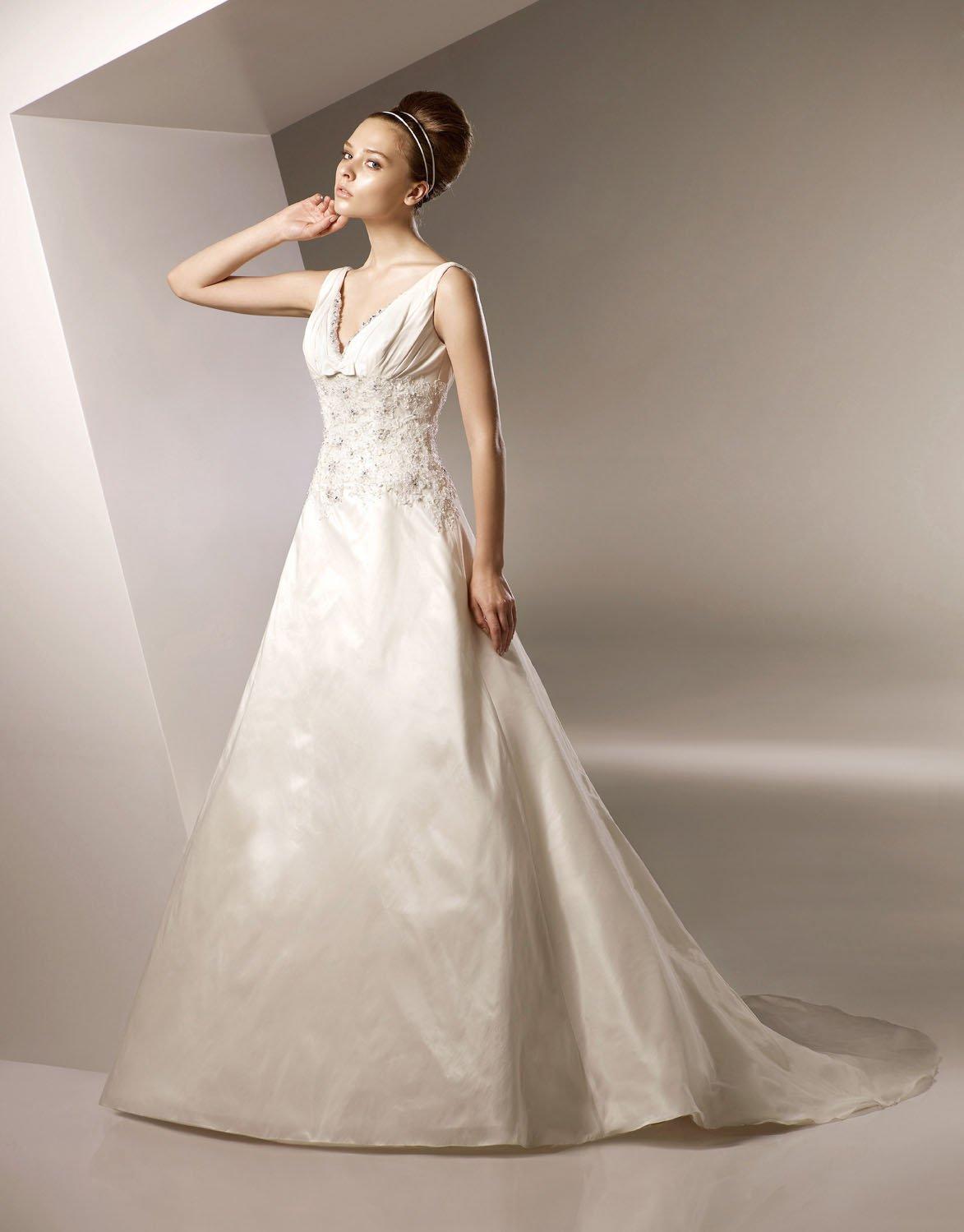A-line V-neckline Appliqued Beading Taffeta Wedding Dress Bridal Gown